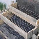Каркас для бетонного крыльца из дерева