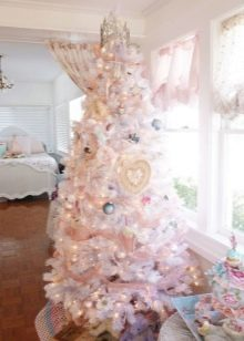Украшение белой елки фото