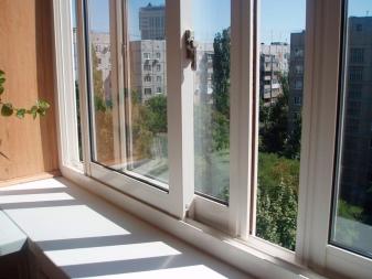 Остекление балкона своими руками: как застеклить, пошаговая .