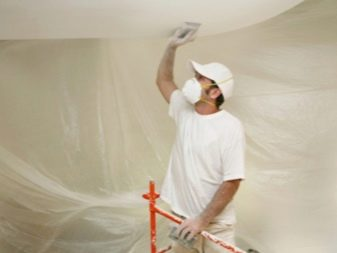 Как клеить обои на потолок (63 фото): технология оклейки в домашних условиях, как правильно самостоятельно наклеить потолочные варианты, поклейка на разные типы поверхностей