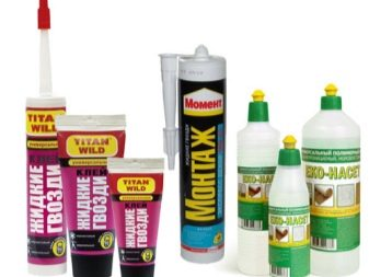 Клей для потолочной плитки: каким средством лучше приклеить изделия из пенопласта на потолок, чем разбавить клеящий состав