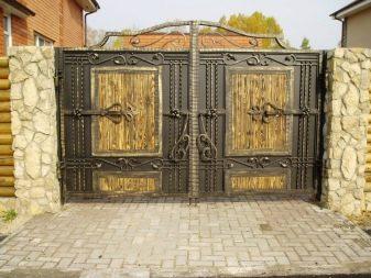 Калитка (107 фото): универсальная модель из профнастила для дачи, как сделать ворота из профильной трубы своими руками