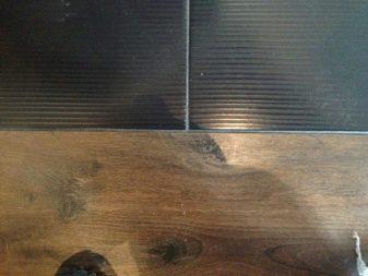 Стык ламината и плитки (67 фото): стыковка гибким порожком, соединение покрытий с помощью порога, оформление перехода стыковочным профилем