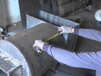 Железная печь для бани из трубы