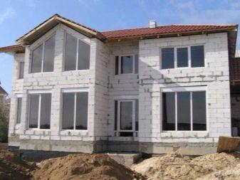Как самому построить дом из пеноблоков