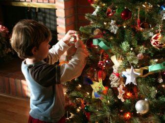 kak-sdelat-igrushki-na-elku-iz-fetra-svoimi-rukami-1 Игрушки на елку из фетра (73 фото): новогодние елочные украшения своими руками, простые шаблоны собак и оленей