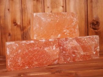 Какие камни класть в каменку бани