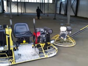 Выравнивание бетона вертолетом красное поле бетон