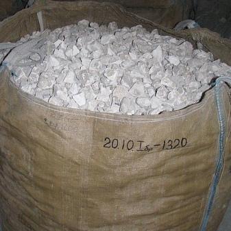 Негашеная известь: применение комовой и молотой продукции, что это и чем отличается от гашеной, класс опасности и свойства