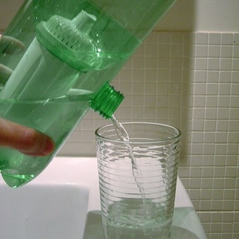 Фильтр для воды из бутылки