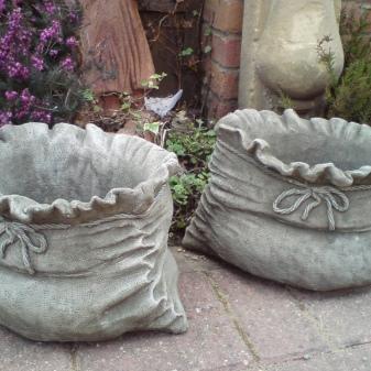 Вазы из цементного раствора и тряпок доставка бетона гродно