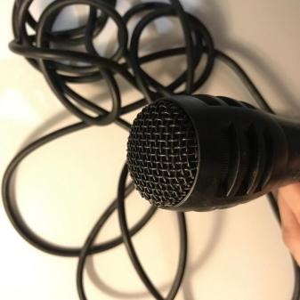 mikrofony-defender-osobennosti-obzor-modelej-nastrojka-i-podklyuchenie-1.jpg
