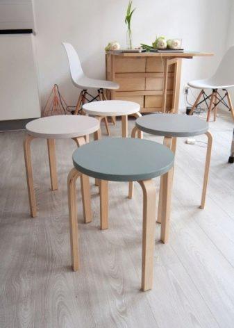 Cтулья Ikea (48 фото): высокие деревянные варианты в виде стремянки или лестницы и прозрачные пластиковые модели
