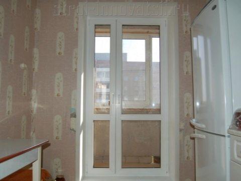 есть на балкон окно как сделать дверь