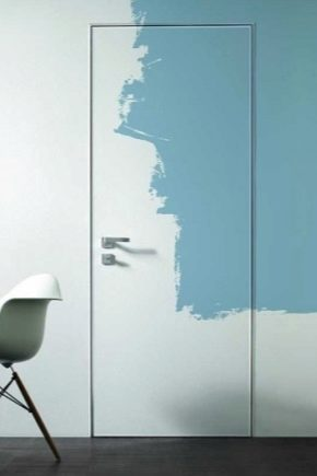 Как правильно покрасить дверь?