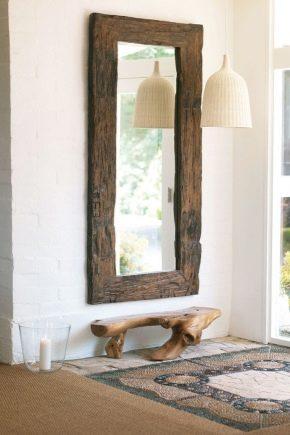 Зеркало с полкой в прихожей: особенности размещения