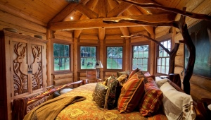 Деревянная спальня