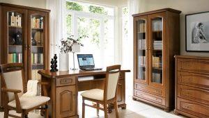 Из какого материала выбрать классический письменный стол?
