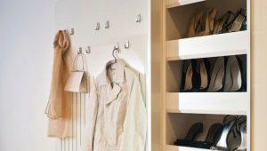 Как выбрать вешалку и обувницу в прихожую?