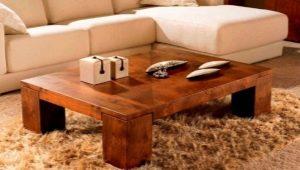 Кофейный столик: модные идеи в интерьере