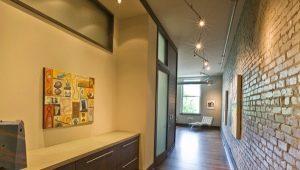 Мебельные стенки в прихожую в современном стиле