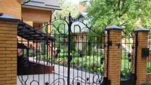 Красивые ворота и калитки для частных домов