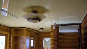 Натяжной потолок в деревянном доме: за и против