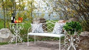 Кованая садовая мебель: многообразие выбора