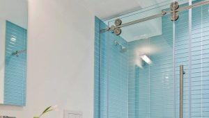 Раздвижные шторки для ванной: конструктивные особенности и советы по монтажу
