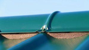 Уплотнитель для металлочерепицы: критерии выбора