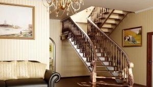 Особенности лестниц из массива дерева и дизайн в интерьере частного дома