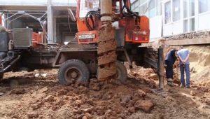Бурение под сваи: технология строительных работ