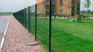 Как сделать забор на сваях: технология и порядок работ