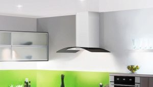Белая вытяжка в интерьере кухни