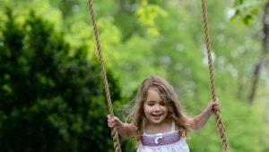 Как выбрать садовые детские качели?