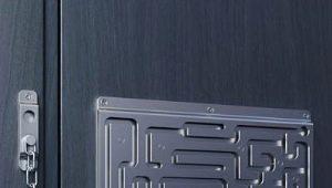 Цепочки на дверь: разновидности и способы установки