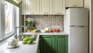 Кухня в «хрущевке»: размеры, выбор штор и мебели