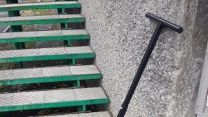 Лопаты на колесах для уборки снега: особенности и советы по выбору