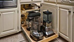 Виды и характеристики выдвижных механизмов в кухонный угловой шкаф