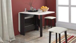 Как поставить стол на кухне?