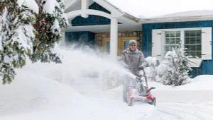 Как выбрать снегоуборочную машину для дома?