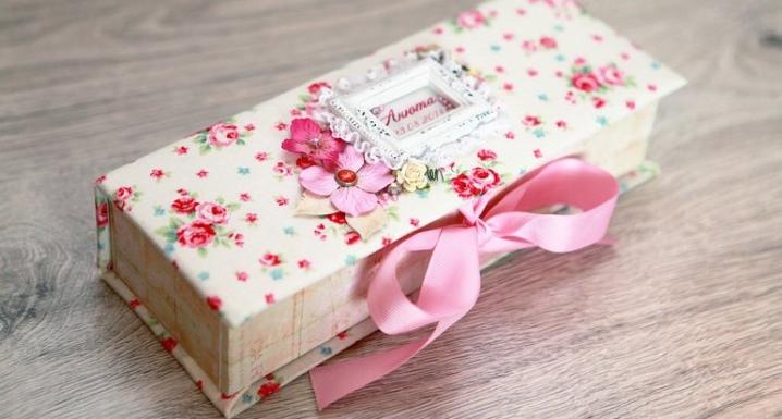 Шкатулка из картона своими руками: как сделать шкатулку с крышкой из ткани и картона? Особенности изготовления шкатулки-книги в домашних условиях