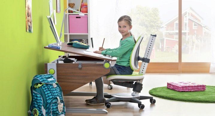 Как выбрать стул для школьника, регулируемый по высоте?