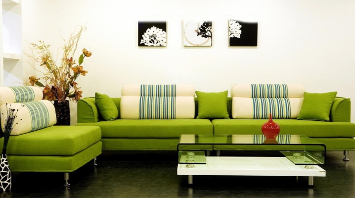 Зеленые диваны