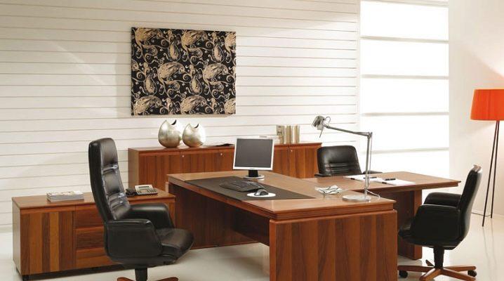 Письменные столы из массива дерева
