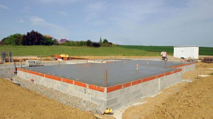 Устройство бетонного пола по грунту - пошаговая инструкция