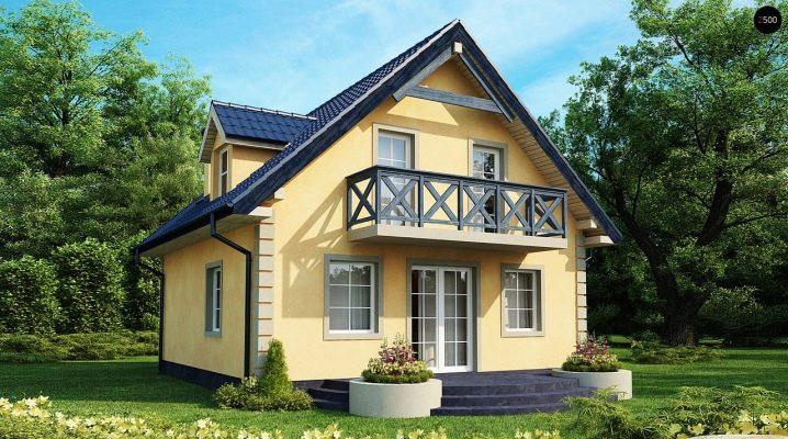 Двухэтажный дом с мансардой: выбор материалов и примеры проектов