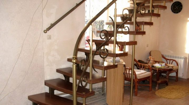 Лестничные ступеньки: из чего делают и как устанавливают?