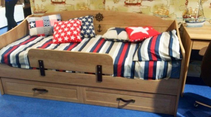 Детские кровати-диваны для мальчиков: многообразие моделей и особенности выбора