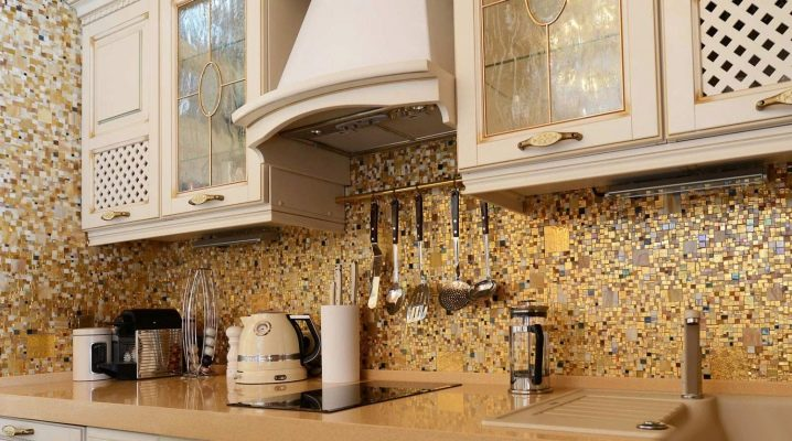 Мозаика для кухни: особенности, виды и дизайн